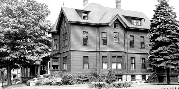 Lizzie Borden's Maplecroft: Preserved or Neglected?